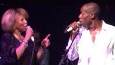 Linda Lewis and Roachford singing